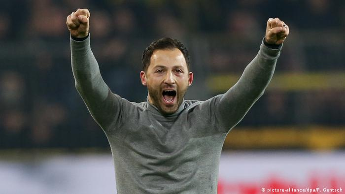 Fußball Trainer Domenico Tedesco FC Schalke 04 (picture-alliance/dpa/F. Gentsch)