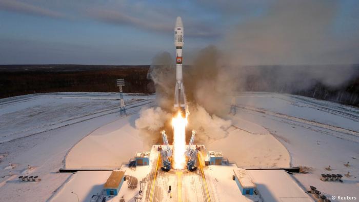 Russland Weltraumbahnhof Wostotschny Start Sojus 2 (Reuters)