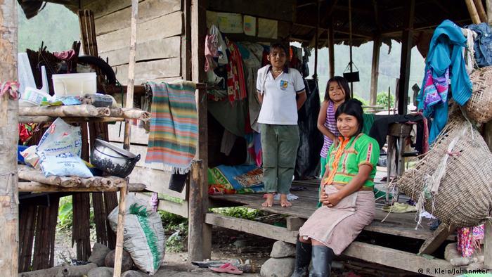 Kolumbien Embera Katio Familie
