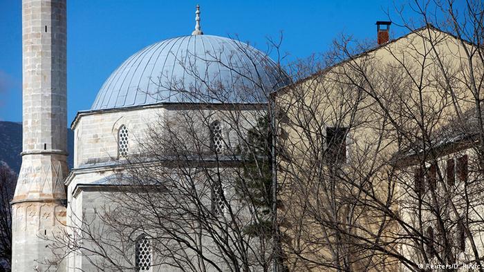 La mezquita reconstruida de Mehmet Pasha en Mostar.