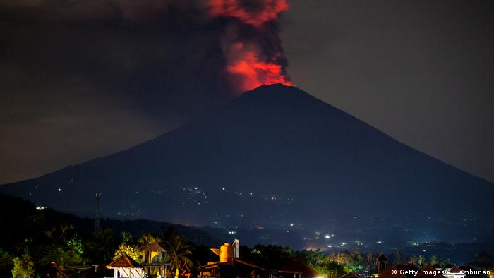 Bali Volcano Evacuees Allowed To Return Home As Alert Level Lowered