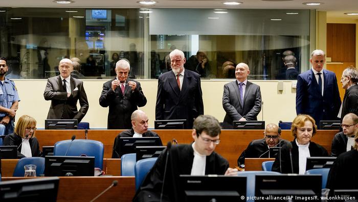Niederlande Den Haag - UN Tribunal: Slobodan Praljak