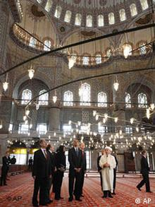 President Barack Obama, Turkish Prime Minister Recep Tayyip Erdogan and White House Chief of Staff Rahm Emanuel in the Blue Mosque