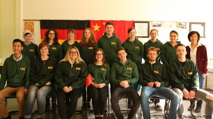 Bonn - Chinesischklasse der 12. Jahrgangsstufe 2017/18 des Helmholtz-Gymnasium (Zhi Hui Mario Zhang)