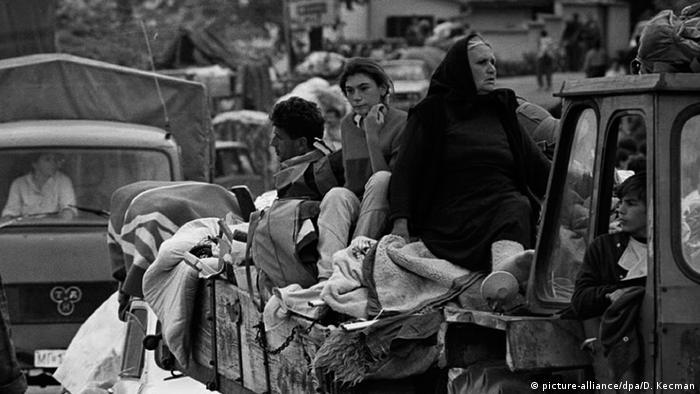 تشرد مئات الآلاف نتيجة الحرب الأهلية في يوغوسلافيا السابقة