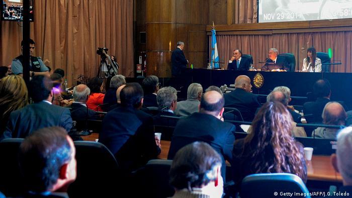 Argentinien Prozess gegen Militärs wegen Verbrechen gegen die Menschlichkeit (Getty Images/AFP/J.G. Toledo)