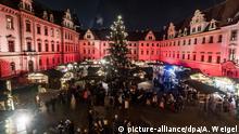 BdT Eröffnung des Weihnachtsmarktes vor Schloss Thurn und Taxis