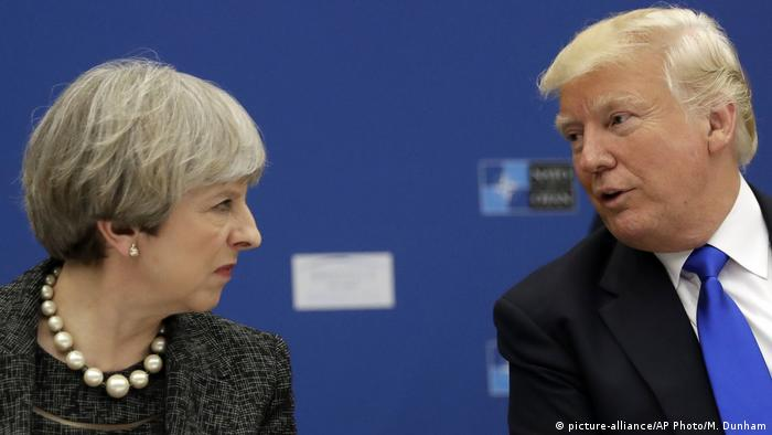 Brüssel Theresa May & Donald Trump (picture-alliance/AP Photo/M. Dunham)