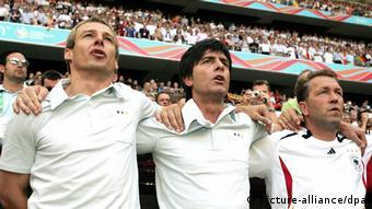 El fútbol marcó un cambio en la relación de los alemanes con su himno.