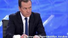 Moskau TV-Interview Ministerpräsident Dmitrij Medwedew