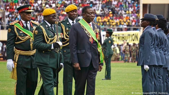 Emmerson Mnangagwa na tomada de posse, a 24 de novembro