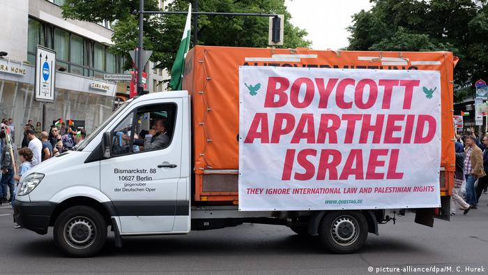 Berlin Demonstration am Al-Kuds-Tag Israel Boykott (picture-alliance/dpa/M. C. Hurek)