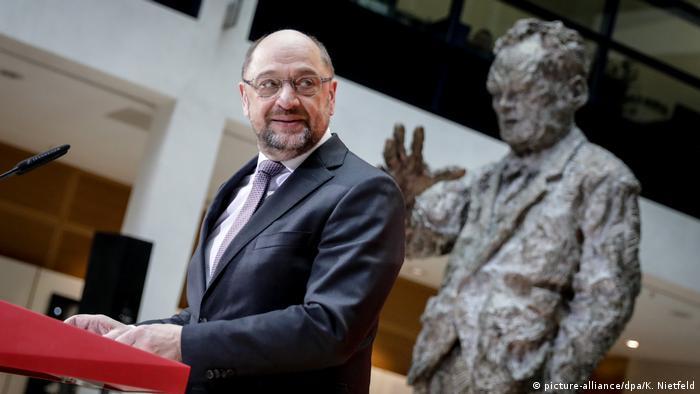 Statement SPD-Vorsitzender Schulz (picture-alliance/dpa/K. Nietfeld)