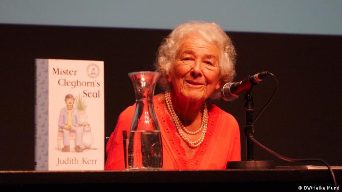 Judith Kerr at a reading in Berlin (DW/Heike Mund)