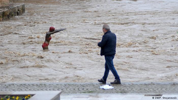 Mazedonien Überschwemmungen in Skopje (DW/P. Stojanovski)
