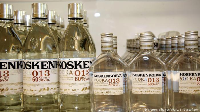 Финландия може да се похвали с дълги традиции в производството на водка от ечемик. В по-ново време се произвеждат и сортове с аромат на боровинки, малини или къпини. Във Финландия високопроцентовият алкохол е много скъп. Продава се само в държавните монополни магазини на име Алко.
