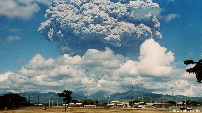 Philippinen - Ausbruch Pinatubo (picture-alliance/dpa)