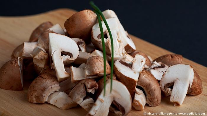 Рождественский календарь: грибы с чесночным соусом