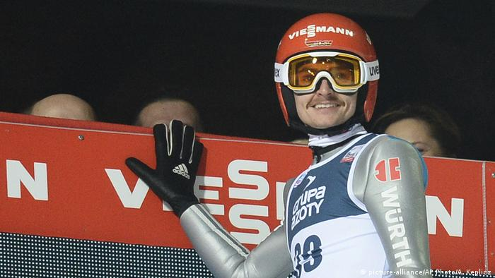Polen FIS Skispringen Richard Freitag (picture-alliance/AP Photo/A. Keplicz)