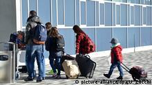 Kassel-Airport Freiwillige Ausreise von Asylbewerbern
