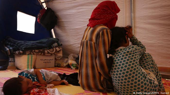Irakische Frau mit Kindern IS Familienangehörige
