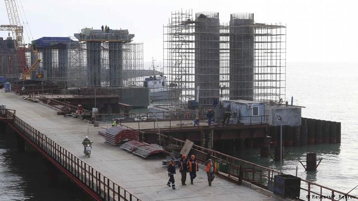 Russland Brücke über die Straße von Kertsch (Reuters/P. Rebrov)