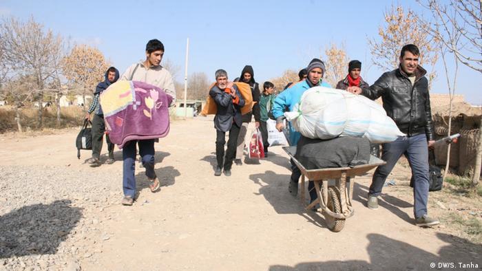 Afghanistan Flüchtlinge (DW/S. Tanha)