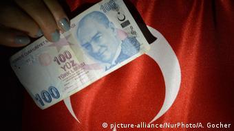 Türkische Lira - Inflation (picture-alliance/NurPhoto/A. Gocher)