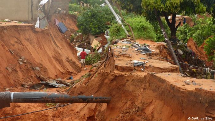Mosambik Zerstörung nach Erdrutschen
