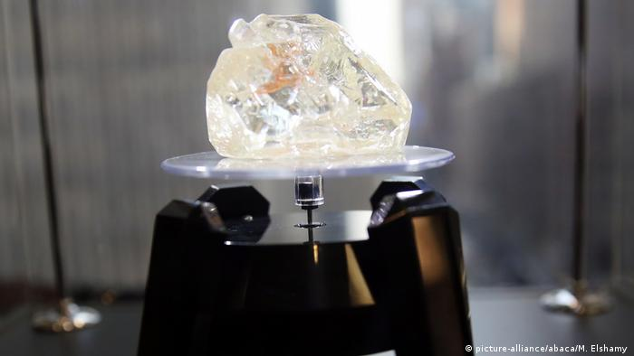 Sierra Leone 'peace diamond' sells for €5.4m