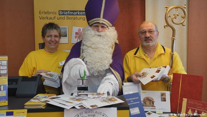 San Nicolás abre oficina de correos en Alemania
