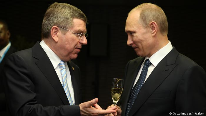Thomas Bach mit Wladimir Putin in Sotschi 2014 (Getty Images/I. Walton)