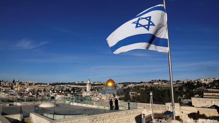 Израильский флаг в Иерусалиме