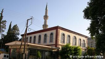 «Η εφαρμογή του ισλαμικού δικαίου στην Ελλάδα είχε προκαλέσει επανειλημμένως αίσθηση και δυσαρέσκεια στη δυτική Ευρώπη»