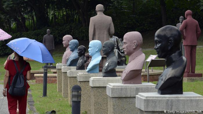 Taiwan Statue von Chiang Kai-shek