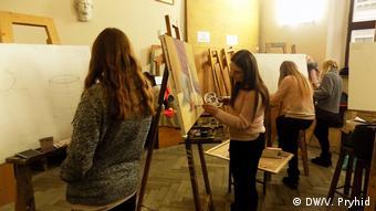 Заняття з рисунку в Інституті архітектури Львівської політехніки