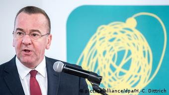 Aşağı Saksonya Eyalet İçişleri Bakanı Boris Pistorius