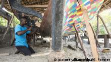 Global Ideas Kenia Initiative FlipFlopi Bootsbau aus Plastikmüll