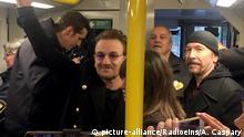 Berlin U2 fährt U2 - Irische Rocker spielen im Berliner Untergrund