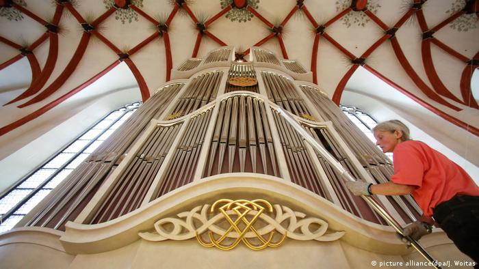 Weltkulturerbe - Bach-Orgel in der Thomaskirche (picture alliance/dpa/J. Woitas)