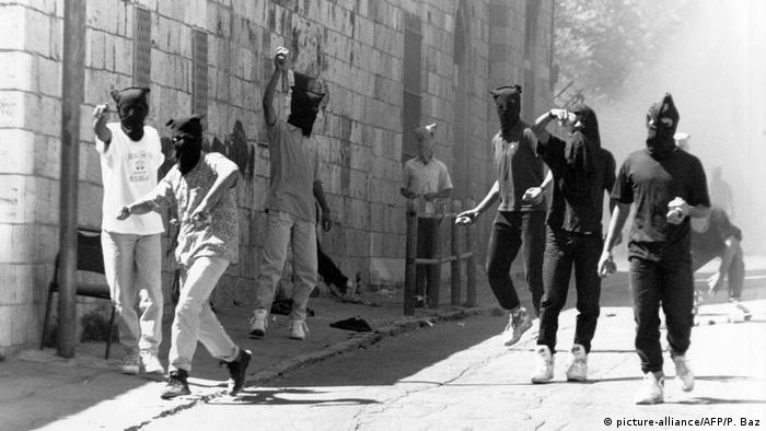 Intifada protesters in 1990