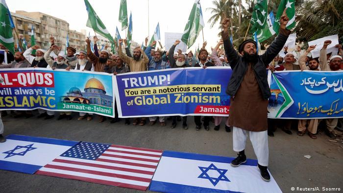 Mundo islâmico protestou contra a decisão de Trump, incluindo o Paquistão