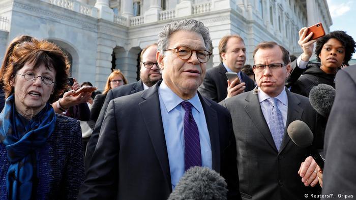 USA Senator Al Franken in Washington | Rücktritt nach Belästigungsvorwürfen (Reuters/Y. Gripas)