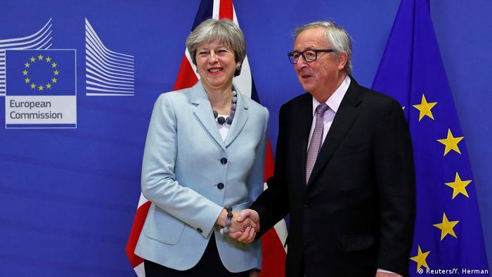 Belgien May und Juncker in Brüssel (Reuters/Y. Herman)