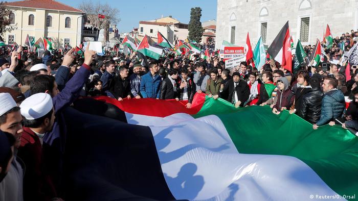 Türkei Proteste gegen die Verlegung der US Botschaft nach Jerusalem in Istanbul