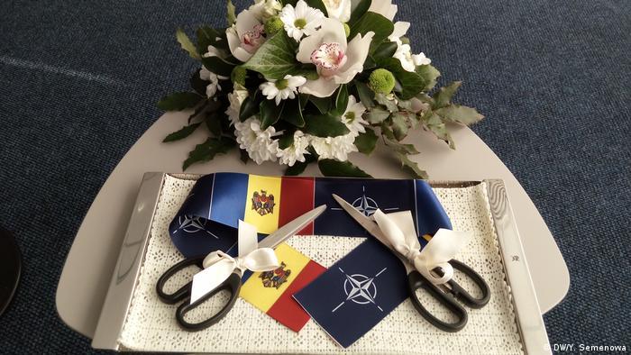 На открытии Бюро по связям с НАТО в Кишиневе