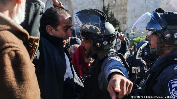 Jerusalem (Ost) Proteste nach Ankündigung Trumps zu US Botschaft (picture-alliance/AA/S.Z. Fazlioglu )