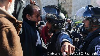 Столкновение палестинцев с израильскими военнослужащими