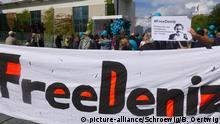 Berlin Deniz Yücel Demonstration und Geburtagsveranstaltung