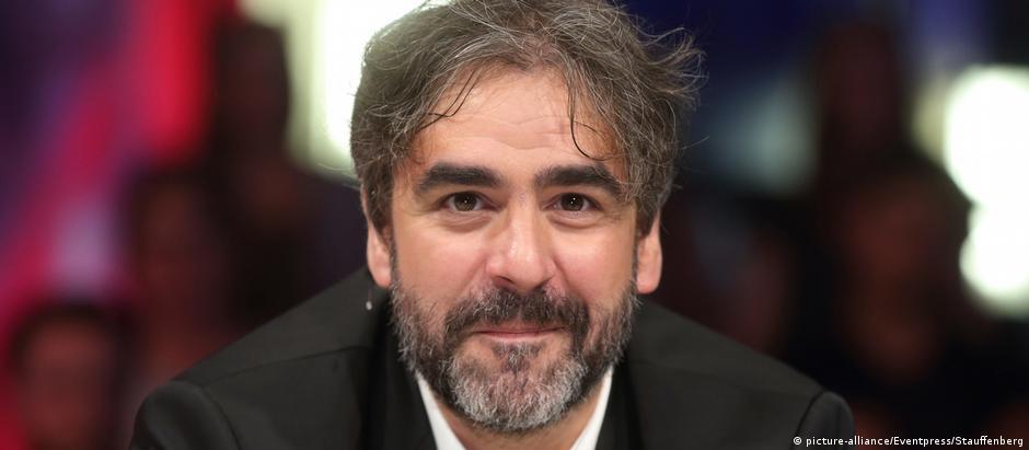 O jornalista Deniz Yücel em foto de julho de 2016, em Berlim